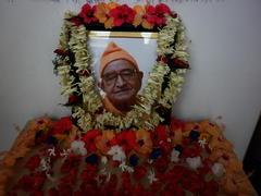 Swami Putanandaji Memorial Fund handover to Deoghar Vidyapith